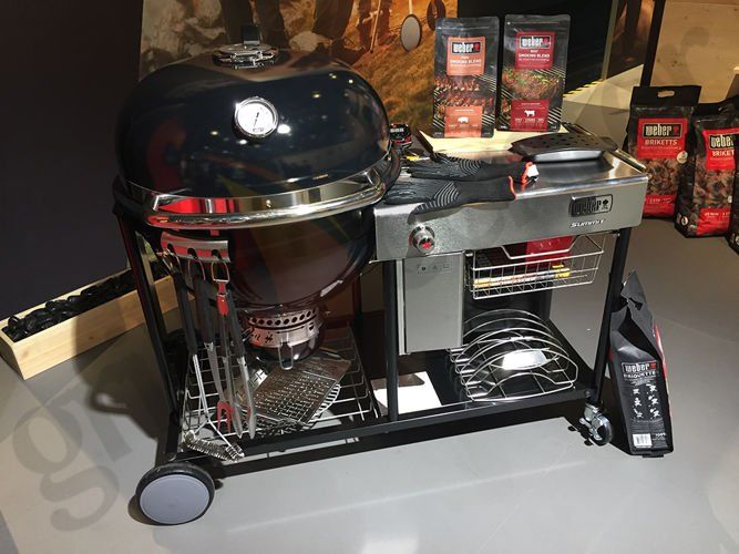 Grill Weber Summit Charcoal Grilling Center GBS
